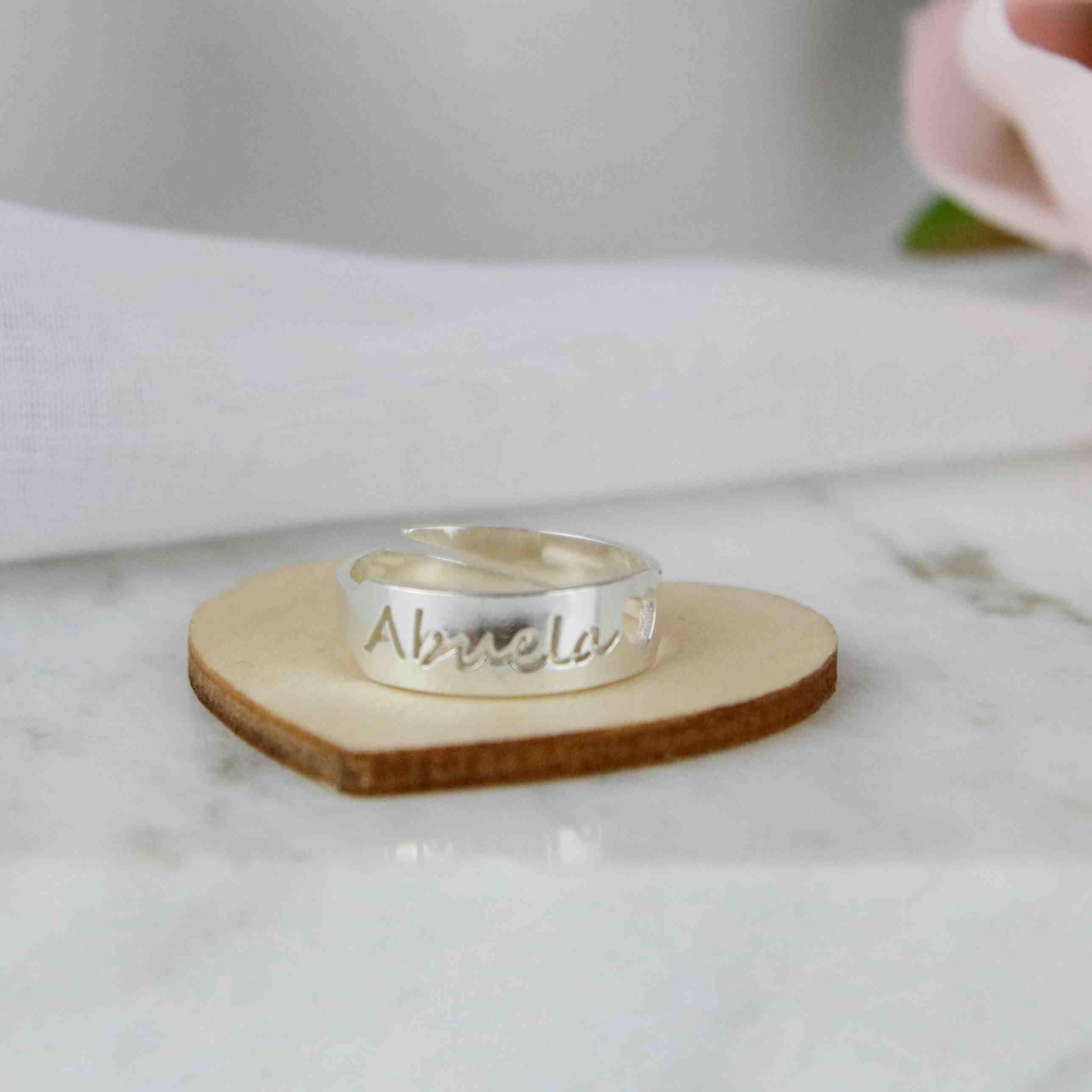 anillo de plata abuela